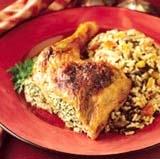жареная курица с сухофруктами и орехами
