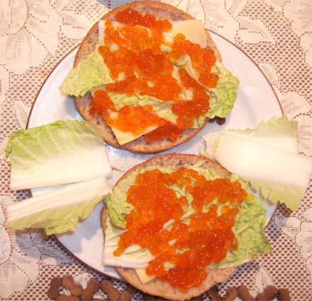 бутерброды полезные с икрой
