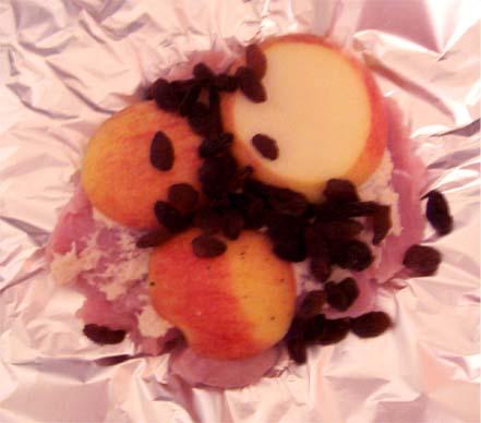 Индейка запеченная в фольге с фруктами